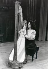 María Rosa Calvo Manzano. Concierto Alrededor del arpa (En homenaje a Zabaleta) , 1993