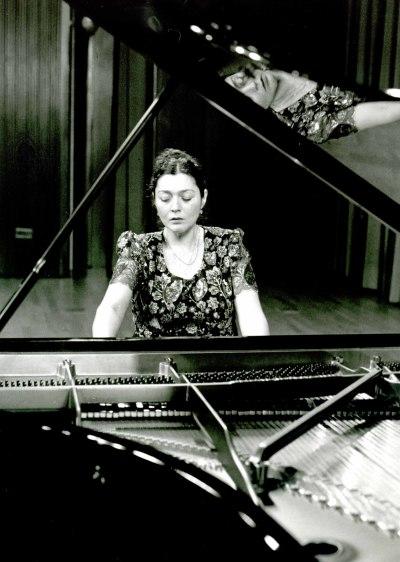 Nairi Grigorian. Concierto Grieg: música de cámara