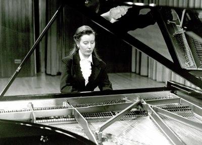 Eugenia Gabrieluk. Concierto Liszt y España