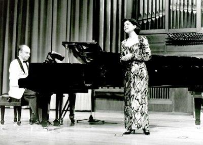Esperanza Rumbau y Juan Hurtado. Recital de canto y piano