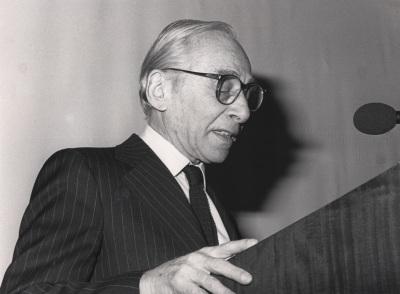 Leo Castelli. Conferencia inaugural de la Exposición Joseph Cornell