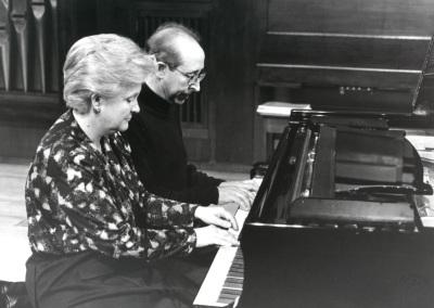 Ana Bogani y Fernando Puchol. Concierto Piano a cuatro manos (1995)