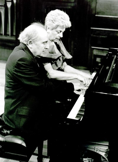 Francisco Roig y Consolación de Castro. Concierto Piano a cuatro manos (1995)