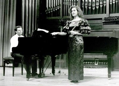 Charo Valles y Miguel Ángel Álvarez. Recital de piano y canto