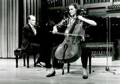 Lourdes Lecuona y Patxi Aizpiri. Recital de violonchelo y piano