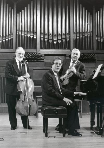 Víctor Martín, Agustín Serrano y Pedro Corostola. Concierto Gaspar Cassadó: música de cámara