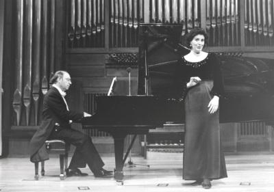 Perfecto García Chornet y Patricia Llorens. Concierto Música francesa de la época de Toulouse-Lautrec
