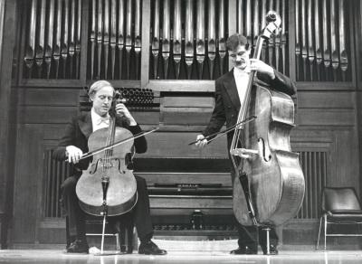 Paul Friedhoff y Andrzej Karasiuk. Concierto Alrededor del contrabajo