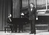 Kennedy Moretti y Simón Orfila. Recital de canto y piano , 1997