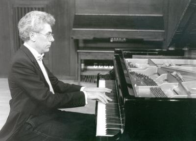 Antoni Bessés. Concierto Beethoven- Liszt. Las 9 sinfonías