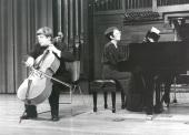 Vladimir Atapin y Olga Semushina. Concierto Sonatas para violonchelo y piano