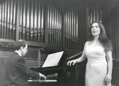 Manuela Soto y Xavier Pares. Recital de canto y piano