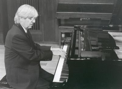 Ramón Coll. Concierto Tradición y progreso: el pasado en la música del siglo XX