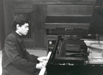 Ananda Sukarlan. Concierto Bach en el siglo XX
