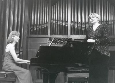 Glafira Prolat y Laurence Verna. Concierto La voz en el siglo XX