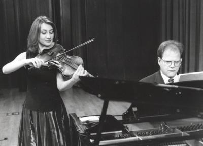 Natalia Tchitch y Aníbal Bañados. Recital de viola y piano