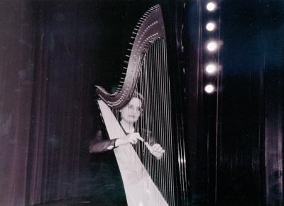Gloria Mª Martínez. Recital de arpa