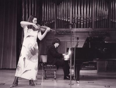Antonia Pons-Estel y Juan Carlos Garvayo. Recital de violín y piano