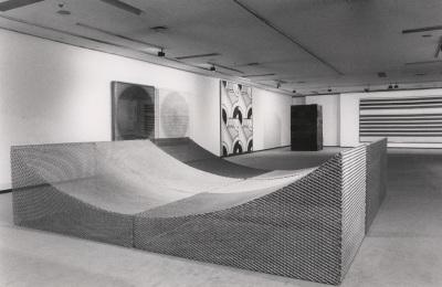 Vista parcial de la exposición Estructuras repetitivas