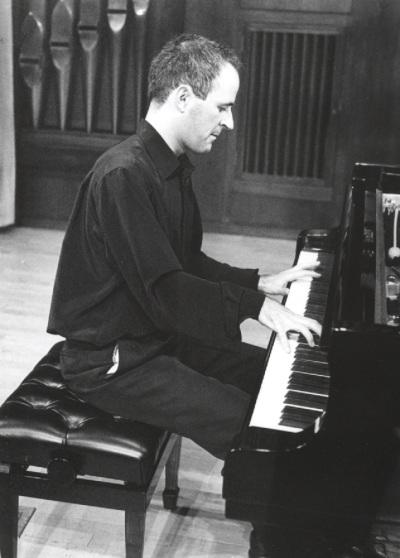Ricardo Descalzo. Concierto Sonatas para piano del siglo XX