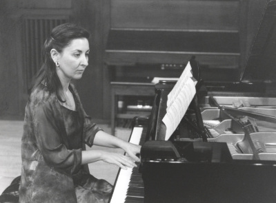 Ana Vega Toscano. Concierto Recordando a Arturo Dúo Vital (1901-1964) - Cuatro centenarios (1901-2001)