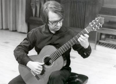 Gabriel Estarellas. Concierto Estreno de Seis Rapsodias para guitarra - Aula de (Re)estrenos (42)