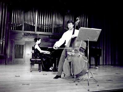 Catalin Sandu y Ana Pérez Llorente. Recital de contrabajo y piano