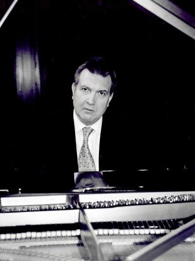 Alberto Gómez. Concierto Sonatas para piano de Muzio Clementi