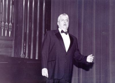 Félix M. Goñi. Recital de canto y piano