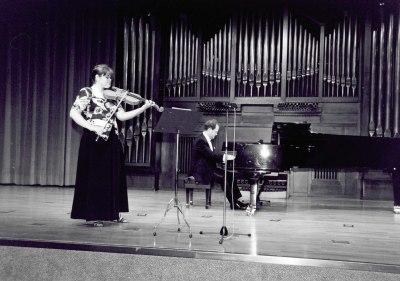 Iustina Bumbu y Aníbal Bañados. Recital de viola y piano