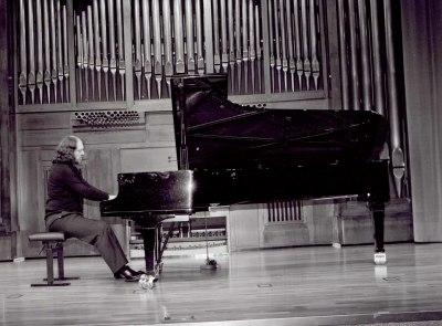 Gabriel Loidi. Concierto Fantasías para piano