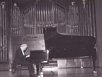 Guillermo González. Concierto Fantasías para piano