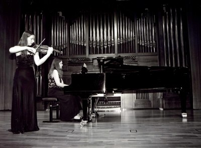 Elena Mikhailova y Victoria Mikhailova. Concierto Aula de (Re)estrenos (47)
