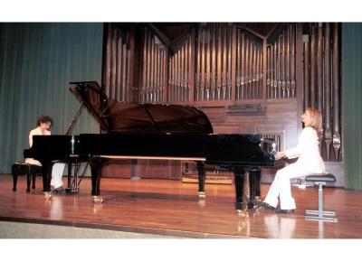 BdB Dúo, Mª José Barandiarán y Mª José Bustos. Concierto Música para dos pianos
