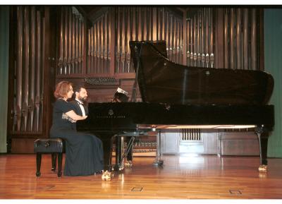Atlantis Piano Dúo, Heidi Sophia Hase y Eduardo Ponce. Concierto Dvorák en su centenario