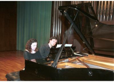 Nexus Piano Duo, Mireia Fornells Roselló y Joan Miquel Hernández Sagrera. Recital de piano a cuatro manos