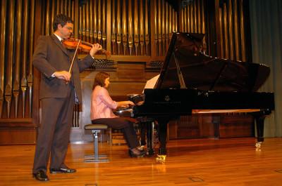 Juan Antonio Mira y Cristina Ferriz. Recital de violín y piano