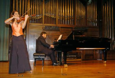 Dúo Roca-Ocaña, Marta Roca y Esteban Ocaña. Concierto Segunda tribuna de jóvenes intérpretes: el violín