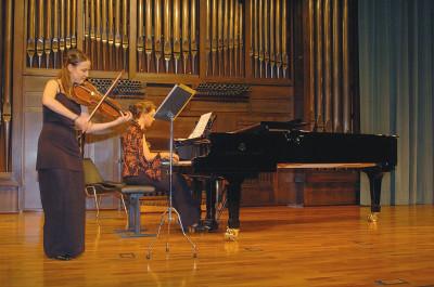 Rocío Gómez Plaza y Amalia Zipitria. Recital de viola y piano
