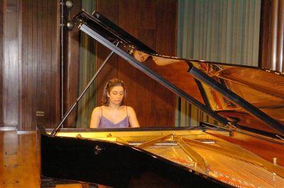 Carmen Yepes. Concierto El piano de los grandes maestros