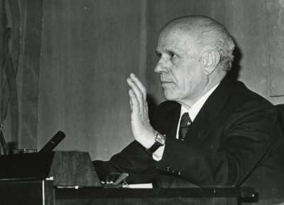 Juan Rof Carballo. Conferencia sobre Metaciencia y psicoanálisis dentro del ciclo Las fronteras vivas del psicoanálisis