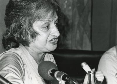Betty Friedan. Conferencia sobre La mujer en la sociedad del futuro dentro del ciclo La mujer en la sociedad del futuro