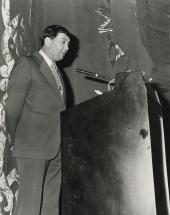 Heinz Spielmann en la conferencia inaugural de la exposición Oskar Kokoshka, 1975