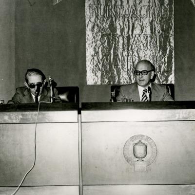 Gonzalo Torrente Ballester y José María Martínez Cachero en el ciclo Novela Española Contemporánea