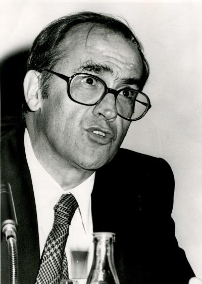 Miguel Artola en el curso universitario sobre Antiguo régimen y revolución liberal