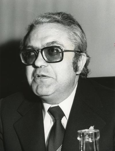 Salvador Cajal en el V Simposio de la Sociedad Española de Lingüística