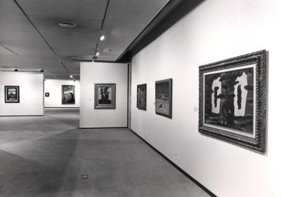 Vista parcial de la exposición René Magritte
