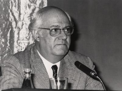 Alexandre Cirici Pellicer en el ciclo Sigmund Freud