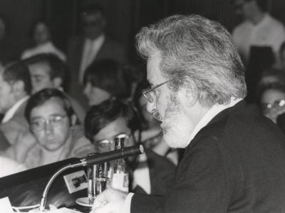 Carlos Castillo del Pino en el ciclo sobre Sigmund Freud
