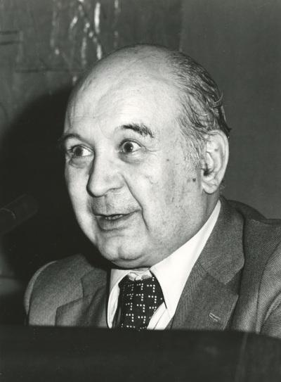 Martín de Riquer en el I Simposio de la Sociedad Española de Literatura General y Comparada